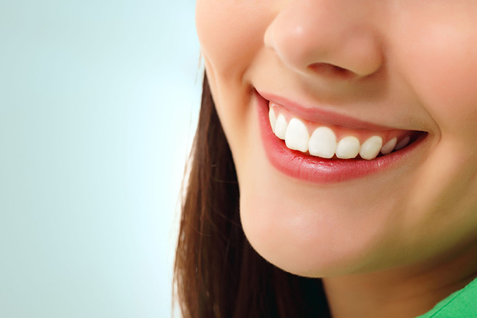 See Your Dentist Before You Whiten Your Teeth