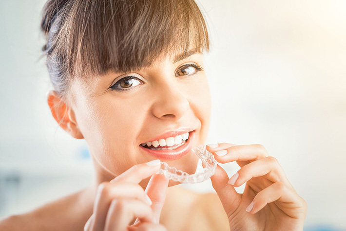 5 Reasons to Restore Your Smile with Invisalign? | Dental Office in Commerce